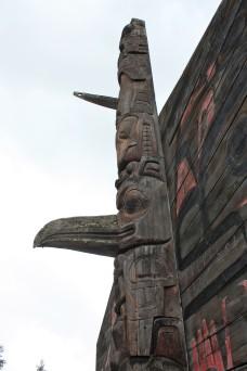 Totem du clan du corbeau